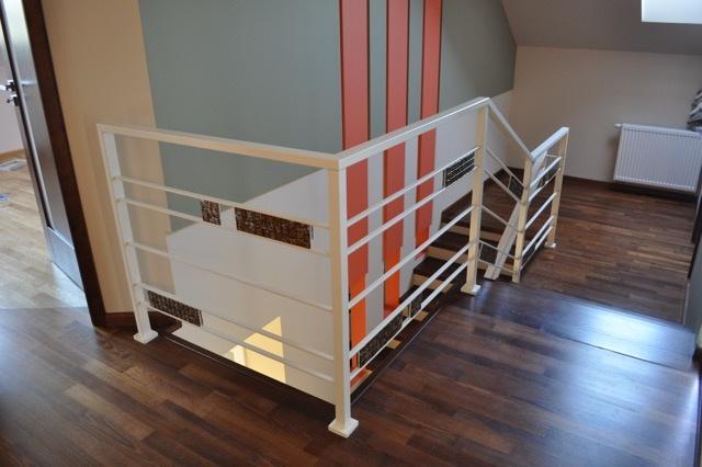 Przykłady zagospodarowania miejsca pod schodami